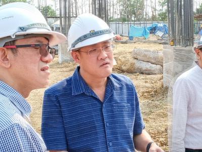 รพ.สูงเม่นเข้าตรวจรับงานงวดที่ ๑ ของการก่อสร้าง รพ.แห่งใหม่